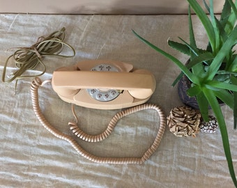 Working Vintage Rotary Phone / Rotary Phone / Vintage Phone / Vintage Telephone / Rotary Telephone/ Bell Systems Phone