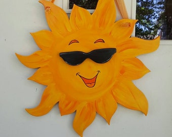Smiling Sun 3D door hang