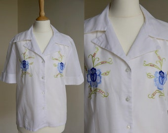 1970s Embroidered White Cotton Blouse * Size Medium