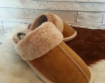 """WOMEN'S Sheepskin Slippers """"Canada"""" beige"""