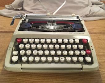 Smith Corona Porta-Typer Manual Typewriter with Plastic Case