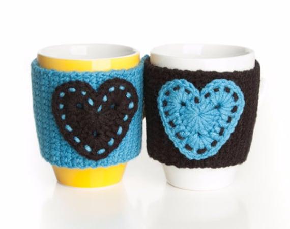 Christmas gift, Turquoise Black Hearts Crochet mug cozy, crochet cup warmer, mug cozy, cup cozy, mug warmer,  tea cup cozy, tea mug cozy