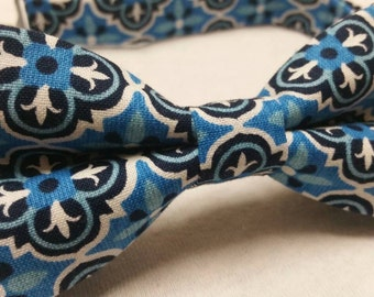 Men's Bowtie in Blue