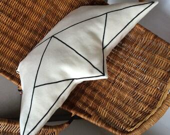 Seefahrt,Papierschiff#, Wollfilz#, Dekokissen#, felt pads, boat cushions, boat cushions, Maritim, motif cushion, paper boat