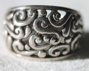 Sterling silver ornate open work design scroll ring size 6.75