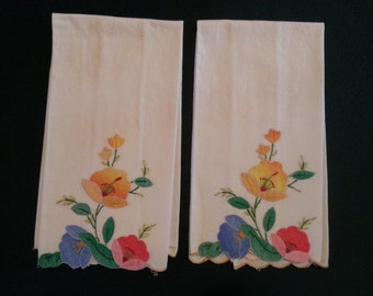 Set of 2 Vintage Tea Towels, Pink, Yellow & Blue Applique Flowers