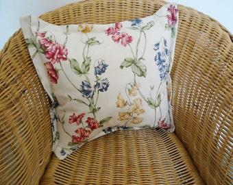 Sweetpea Cushion