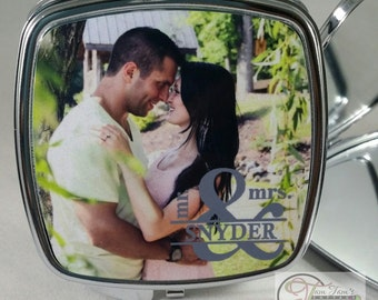 Couples Photo Mirrors - Personalized Compact Mirror Square - Custom Photo Pocket Mirror - Makeup Mirror - Gifts for Bridesmaid - Mothers Day