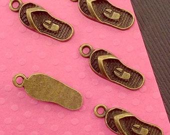 Sandals Shoe Charm. 15 pcs Antique Bronze Tone 3D Flip Flop Shoe Charms 22x8mm. Fashion Charm. Shoe Pendant. Sandal Pendant. - (15 - 0068C)