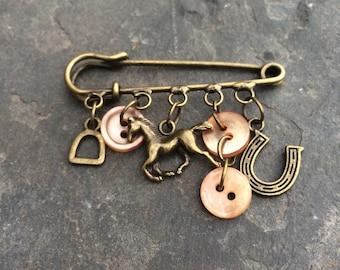 Charm brooch/ kilt pin brooch/ Horse charm brooch