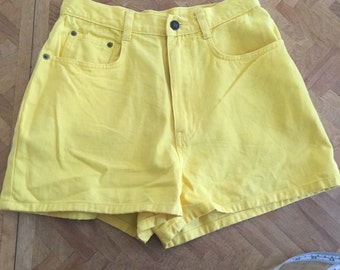 Vintage high waisted yellow shirts 26 inch waist