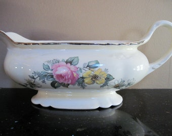 Vintage Homer Laughlin Gravy Boat Virginia Rose - Item #1076