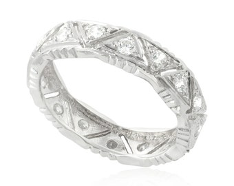 Vintage Classic Triangle Wedding Ring, 14K White Gold Wedding Band, 0.64 CT Vintage Diamond Ring, Unique Wedding Band