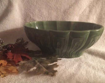 Vintage Haeger Pottery Green Planter / Bowl  No. 17 USA