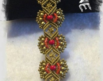 Completely hand made, macrame bracelet you can ask in litre colour.