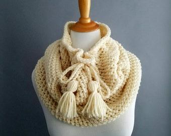 Chunky crochet cowl, Chunky infinity scarf, drawstring cowl, crochet cowl, white cowl | THE BELMONT | neck warmer, crochet cowl