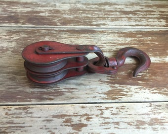 Vintage Metal Pulley; Red Metal Double Pulley with Hook; Barn Pulley; Metal Pulley; Industrial Decor; Rustic Decor