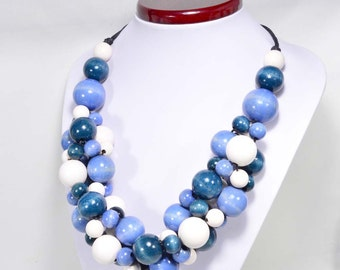 ICE necklace wooden beads