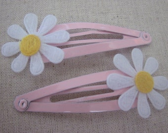 Set of 2 Pink and White Daisy Snap Clips for Baby Girl, Toddler, Girl, Gift, Non Slip Grip, Ready to Ship