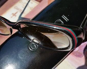 Vintage Gucci Black Full Perimeter Signature Red and Green Stripe, Black Lens Women's Sunglasses