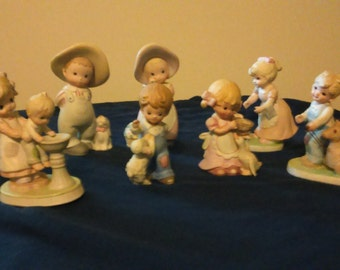 "Home Interior Ceramic Figurines ""Circle of Friends"" Lot of 7 Homeco Home Decor"