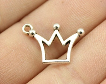 10 Crown Charms, Antique Silver Tone Charms (1B-69)