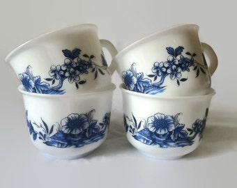 4 Arcopal Teacups with Blue Floral Pattern, Vintage French Milk Glass