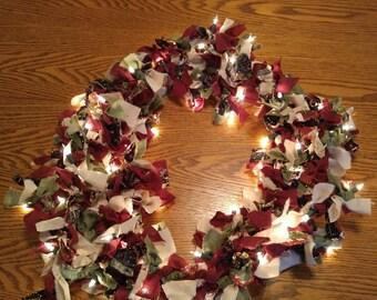 Lighted Christmas Garland Strand