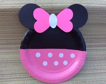 10 Minnie mouse plates/Minnie Plates/Baby Minnie it's a Girl Baby Shower/Minnie birthday plates/Minnie mouse baby shower/Polka Dot Plates