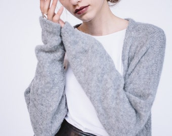 BASIC WOOL CARDIGAN with buttons and pockets