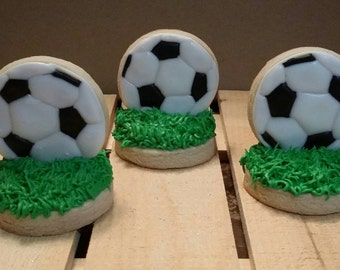 Dimensional soccer cookies!  Stand-up soccer cookies!