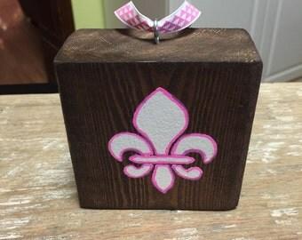 Reclaimed wood pink fleur de lis ornament
