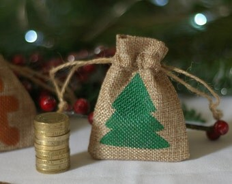 Christmas tree mini gift bag hessian, jute, burlap. Tiny gift bag. Mini santa sack. Stocking stuffer. Money gift bag. Jewellery gift bag.