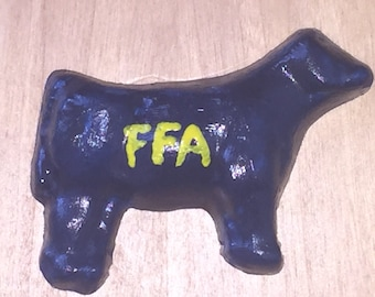 Blue and Gold FFA Heifer