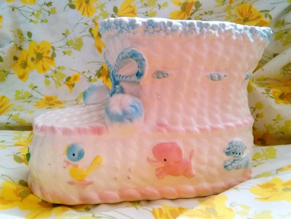 Baby Showers Hull ~ Vintage ceramic baby bootie planter relpo