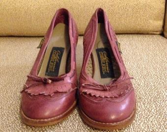 California Cobbler Purple Vintage Oxford Style Heels 6 1/2 B