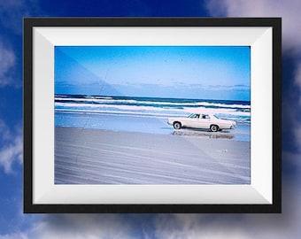 Vintage Beach Photo, digital download, distressed, beach décor, ocean, cottage, shabby chic, vintage photo, instant download