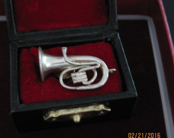 Silver French Horn Pin or Tie Tack