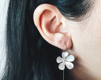 Lily long stem earrings, Sterling silver lily flower earrings, Long stem silver ear posts, Hand melded silver flower earrings (ER60)