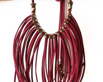 Boho necklace fringed suede DEEPRED STAR