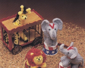 Peanuts & Popcorn, Crochet Pattern Booklet Hot Off the Press HOTP-302 Toy Circus Animals