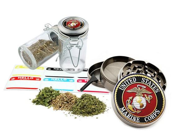 "U.S. Marine - 2.5"" Zinc Alloy Grinder & 75ml Locking Top Glass Jar Combo Gift Set Item # G022015-038"