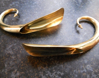 Georgian Brass Curly Shoehorns. c1780.