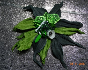 Flower leather brooch/leather brooch