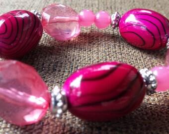 Hot pink acrylic beaded bracelet