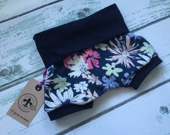 Shorts made by a MOM * Navy Blue and pastel flowers *.