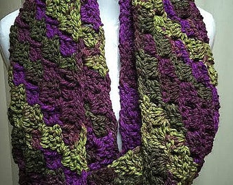 Purple and Green Scarf, Crochet Scarf, Purple Scarf, Infinity Scarf, Chunky Scarf, Winter Scarf, Purple Infinity Scarf