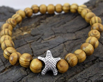 Bracelet starfish and wooden beads
