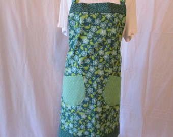 Women's Bayley Style Apron, Green Floral
