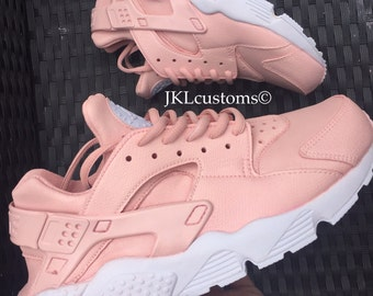the latest b7e3f fa6aa ... pink beige white germany nike huarache se nike huarache baby rosa nike  huarache baby rosa 58bdf a1b55 best price rose blush nike air ...